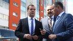 Дмитрий Медведев посетил жилой микрорайон «Академ Riverside» в Челябинске и встретился с исполняющим обязанности губернатора региона Борисом Дубровским