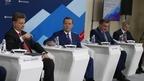 Дмитрий Медведев принял участие в работе круглого стола «Инфраструктурная ипотека: государственно-частное партнерство 2.0»