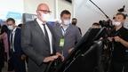 Дмитрий Чернышенко осмотрел стенды на Всероссийской конференции «ЦИПР»