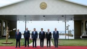 Совместное фотографирование глав делегаций государств – участников заседания Евразийского межправительственного совета