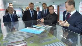 Посещение предприятия объединённой компании «Русал» в Иркутске. С Денисом Мантуровым и председателем наблюдательного совета ООО «Компания