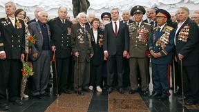 С ветеранами Великой Отечественной войны