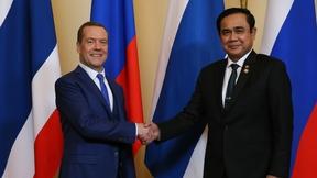 Беседа Дмитрия Медведева с Премьер-министром Таиланда Праютом Чан-оча