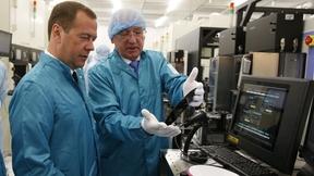 Посещение завода по производству микроэлектроники АО «Ангстрем-Т»