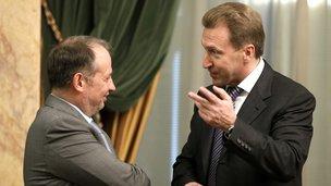 Председатель совета директоров Новолипецкого металлургического комбината Владимир Лисин и Первый заместитель Председателя Правительства Игорь Шувалов