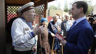 Общение с жильцами дома, построенного для участников Великой Отечественной войны