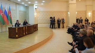 Заявления Ильхама Алиева и Дмитрия Медведева для прессы