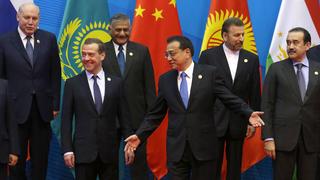 Совместное фотографирование глав правительств государств – членов ШОС и глав делегаций государств – наблюдателей в ШОС