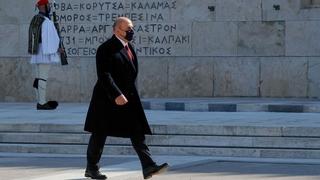 Церемония возложения венков к Памятнику Неизвестному Солдату в Афинах