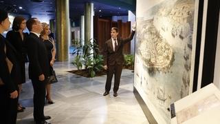 Осмотр экспозиции музея Мемориального комплекса Хосе Марти