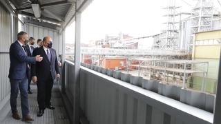 Михаил Мишустин посетил завод АО «Орёлмасло». С генеральным директором Владимиром  Павловым