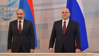 Беседа Михаила Мишустина  с исполняющим обязанности Премьер-министра Республики Армения Николом Пашиняном
