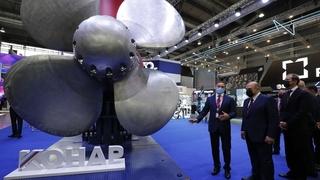 Михаил Мишустин осмотрел совместный стенд компаний «КОНАР» и «Транснефть» на Международной промышленной выставке «Иннопром-2021»