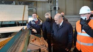 Посещение Соломенского лесозавода. Осмотр цеха деталей деревянных строганных изделий