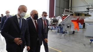 Михаил Мишустин посетил Уральский завод гражданской авиации