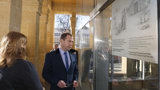 Осмотр экспозиции музейного комплекса «Дом Петра I» в Дербенте