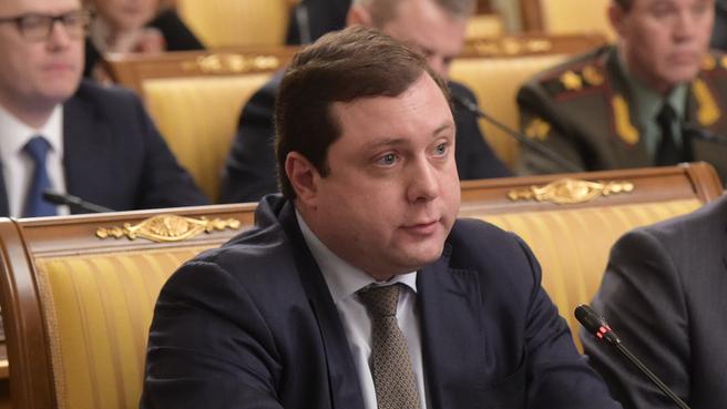 Сообщение губернатора Смоленской области Алексея Островского на заседании Правительства