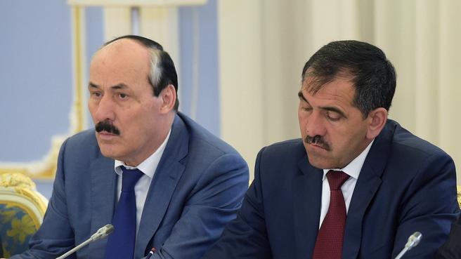 Глава Республики Дагестан Рамазан Абдулатипов и глава Республики Ингушетия Юнус-Бек Евкуров