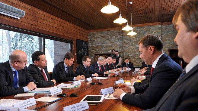 Встреча с представителями фракций Государственной Думы