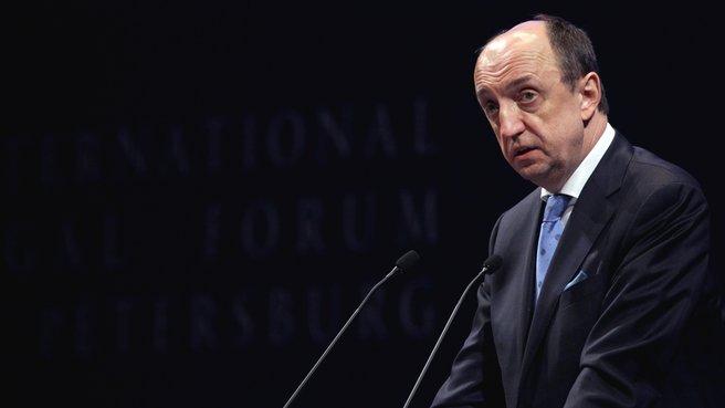 Выступление председателя Международного суда Питера Томки на III Петербургском международном юридическом форуме
