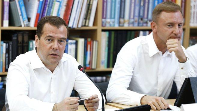 С главой Минобрнауки Дмитрием Ливановым