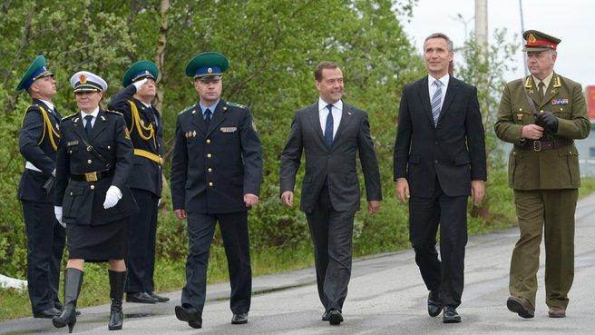 Символическая церемония пересечения российско-норвежской границы