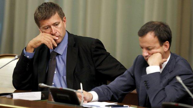 Глава Минюста Александр Коновалов и заместитель Председателя Правительства Аркадий Дворкович