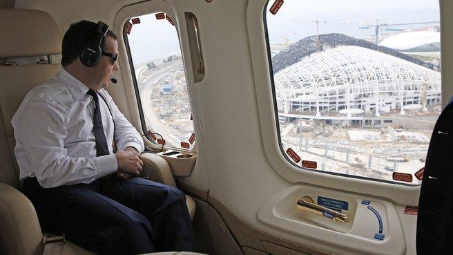 Осмотр с вертолёта объектов Олимпийского парка