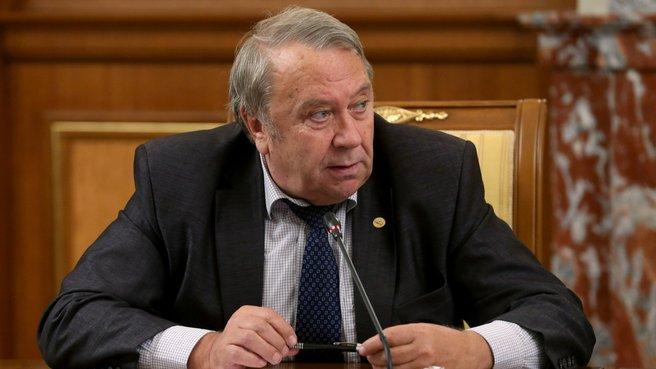 Президент Российской академии наук Владимир Фортов