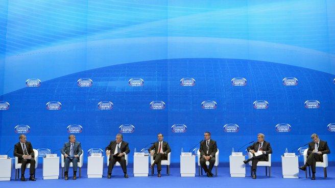 На пленарном заседании XII Международного инвестиционного форума «Сочи-2013»
