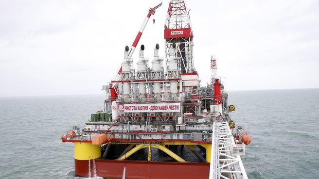 Морская ледостойкая стационарная платформа имени Ю.Корчагина ОАО «Лукойл»