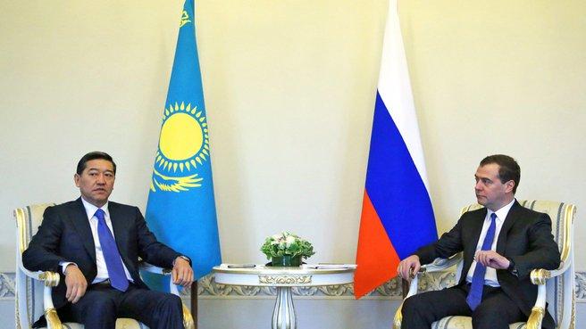 Беседа с Премьер-министром Республики Казахстан Сериком Ахметовым