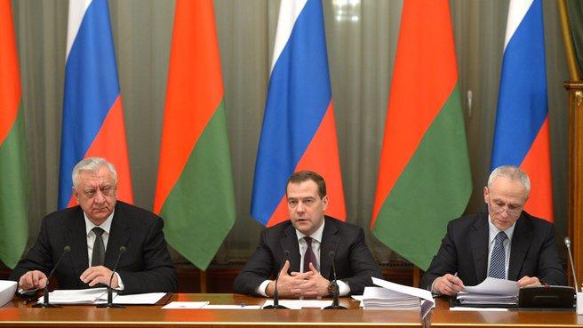 С Премьер-министром Белоруссии Михаилом Мясниковичем и государственным секретарём Союзного государства Григорием Рапотой