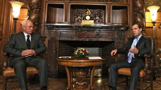 Беседа с Премьер-министром Украины Николаем Азаровым