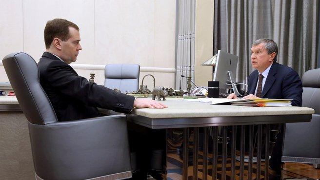 """Встреча с президентом ОАО «НК """"Роснефть""""» Игорем Сечиным"""