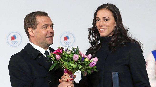 С бронзовым призёром XXII Олимпийских игр в конькобежном спорте Екатериной Лобышевой