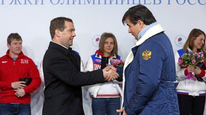 С двукратным серебряным призёром XXII Олимпийских игр в санном спорте Альбертом Демченко