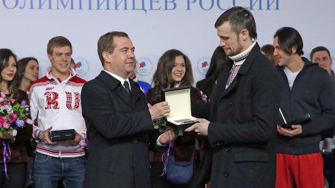 С олимпийским чемпионом в скелетоне Александром Третьяковым