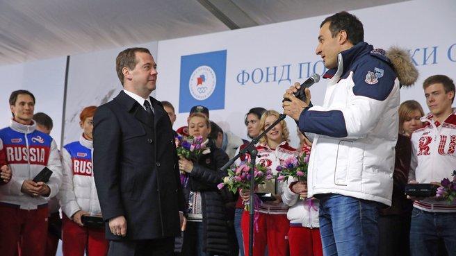 С двукратным олимпийским чемпионом в бобслее Алексеем Воеводой