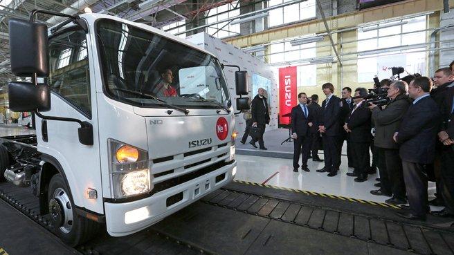 Осмотр участка диагностики грузовых автомобилей Isuzu