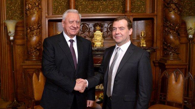 С Премьер-министром Республики Беларусь Михаилом Мясниковичем