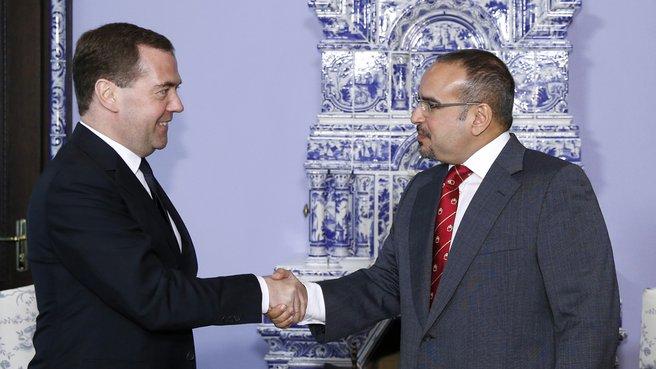 С наследным принцем, Первым заместителем Премьер-министра Королевства Бахрейн Салманом бен Хамадом аль-Халифой