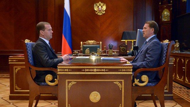 С временно исполняющим обязанности губернатора Воронежской области Алексеем Гордеевым