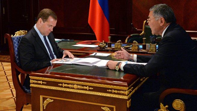 Встреча с временно исполняющим обязанности главы Республики Калмыкия Алексеем Орловым