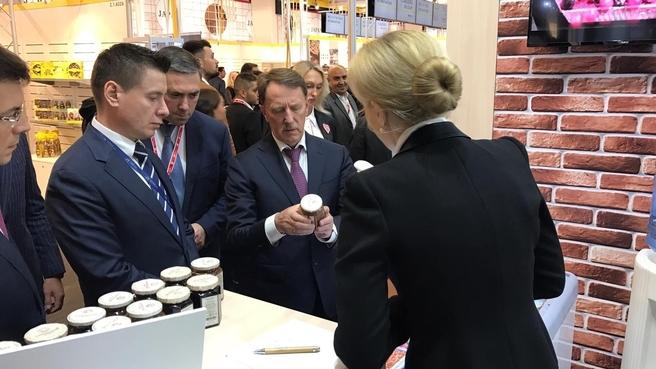 Алексей Гордеев посетил крупнейшую международную выставку продуктов питания и напитков Anuga 2019 в Кёльне
