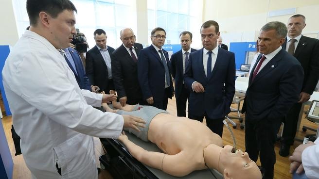 Посещение Института фундаментальной медицины и биологии Казанского (Приволжского) федерального университета