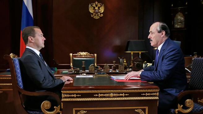 Рабочая встреча с главой Республики Дагестан Рамазаном Абдулатиповым