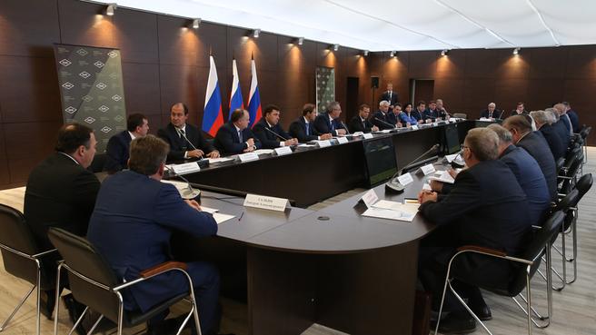 Встреча с руководителями предприятий ОПК и генеральными конструкторами по созданию вооружения, военной и специальной техники