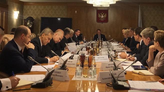 Алексей Гордеев на  заседании постоянно действующей противоэпизоотической комиссии Правительства