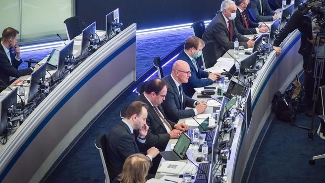 Дмитрий Чернышенко провёл встречу с представителями IT-отрасли